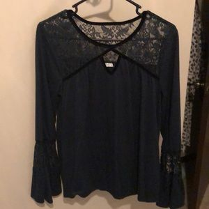 Maurice's bell sleeve vintage top with lace, M